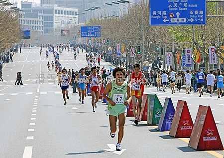 中山马拉松现场-23届大连国际马拉松赛圆满举行